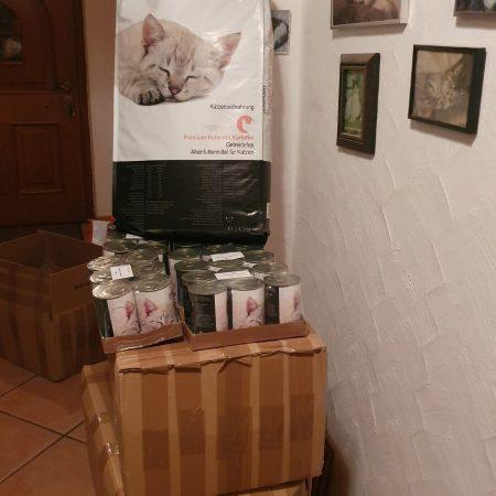 Katzenfutterspende der Karin von Grumme-Douglas Stiftung